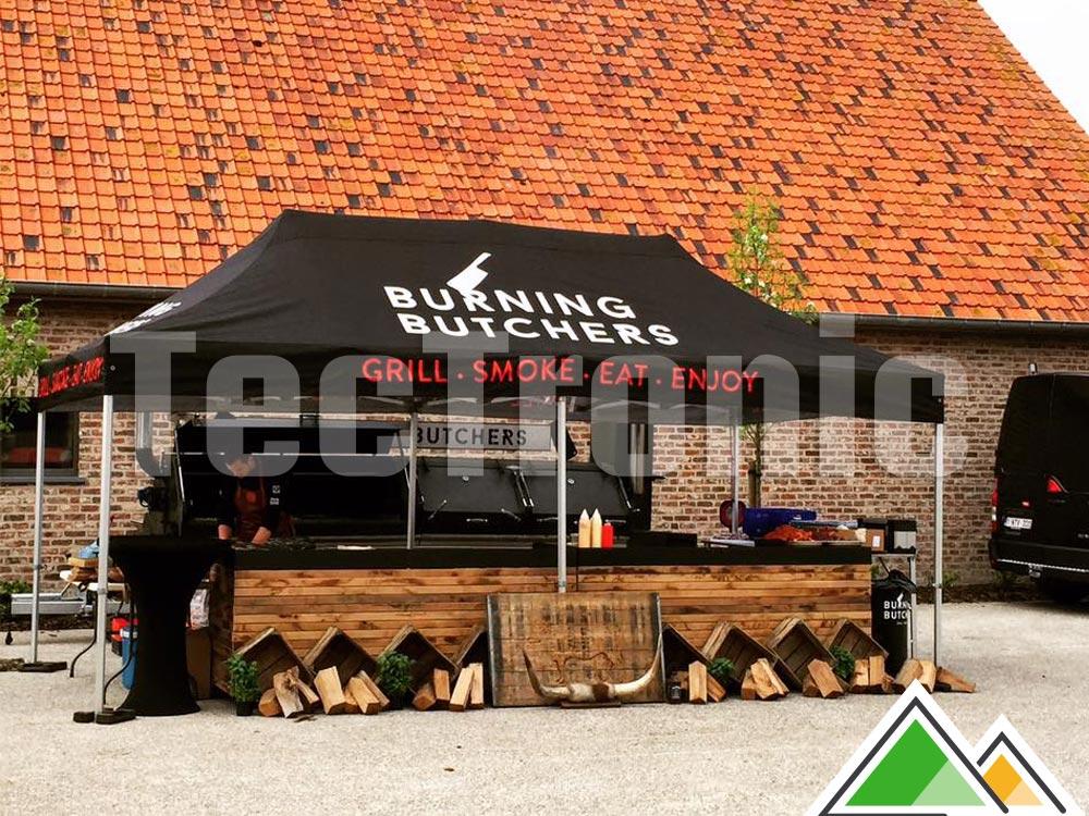 awesome tente pliante x noire lgante avec impression du toit pour les burning butchers nos. Black Bedroom Furniture Sets. Home Design Ideas